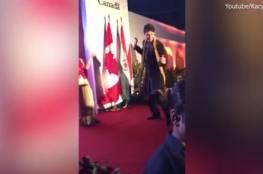 فيديو.. الكنديون غاضبين من رئيس وزرائهم بسبب رقصه على الطريقة الهندية!