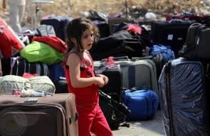 فلسطينيون على معبر رفح