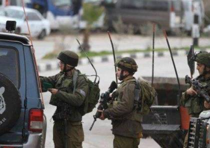 الاحتلال يعتقل شابا على حاجز عسكري بالقدس بشبهة الدهس
