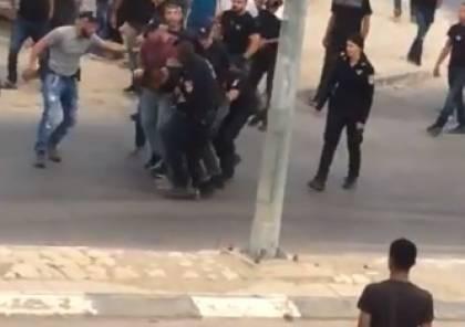 ابو عرار : يجب فصل مسؤولين في الشرطة الاسرائيلية جرّاء الاعتداء على شابين عربيين في رهط