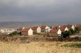 """حكومة الاحتلال تناقش """"شرعنة"""" 66 بؤرة استيطانية في الضفة"""