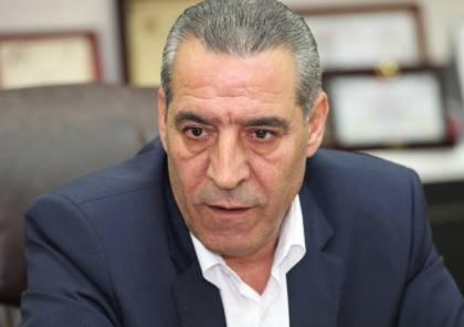 الشيخ: القيادة اجرت اتصالات للضغط على حماس لوقف قمع المواطنين
