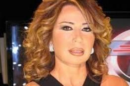 إيناس الدغيدي: والدة أحمد زكي كانت سببًا في فشل علاقاته العاطفية