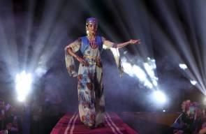 عرض أزياء احتفالا بعيد النوروز في بغداد