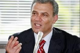 د. ابو عمرو يؤكد : لست مريضا وينفي تبرعه لمشفى اسرائيلي