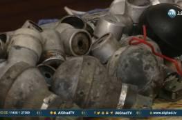(فيديو)- فلسطيني يحول قنابل الغاز الإسرائيلية لقطع فنية