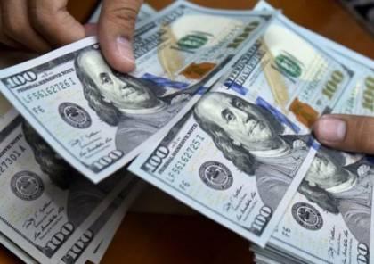 بسبب العجول.. إسرائيل تمنع تحويل أموال الفلسطينيين من الشيكل إلى عملات أجنبية