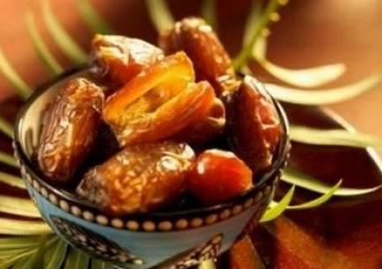 """فوائد تناول التمر في """"رمضان"""""""
