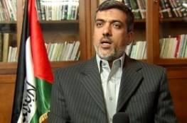 وفد من حماس برئاسة الرشق يلتقي جنبلاط في بيروت