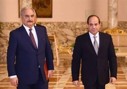 السيسي يعلن دعمه حرب حفتر على الإرهاب في ليبيا