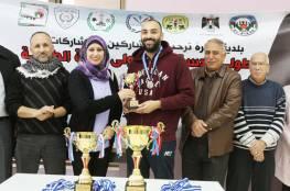 بلدية البيرة تنظم بطولة الاستقلال بكرة الطاولة
