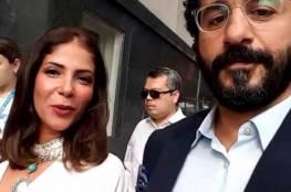 """أحمد حلمي ومنى زكي يشعلان """"تيك توك"""" بفيديو طريف... ونجوم الفن يتفاعلون"""