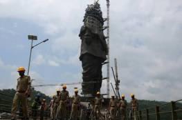 أيام ويكتمل أضخم تمثال على الأرض