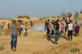 الاحتلال يستهدف مجموعة من المواطنين شرق البريج