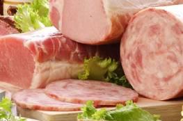 ما العلاقة بين اللحوم المصنعة و سرطان الثدي؟