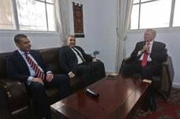 """الوفد المصري يلتقي نائب رئيس الوزراء """"أبو عمرو """" في غزة"""