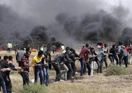 شبان يقتحمون السياج الزائل شرق البريج وسط القطاع