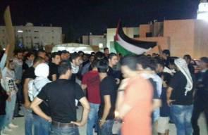 احتفالات تعم العاصمة عمان وتوزيع الحلوى ابتهاجا بقصف تل ابيب