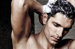 خطأ ترتكبه عند غسل شعرك بـ الشامبو.. تعرّف عليه