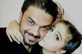 والد حلا الترك يبكي بعد المُصيبة التي حلت به.. هل ينجو؟
