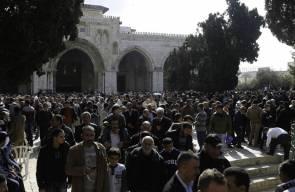 40 ألف مصل يؤدون صلاة الجمعة في المسجد الأقصى المبارك.