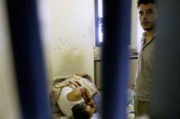 """اضراب في سجن """"عوفر"""" ومنع المحامي من لقاء الاسرى"""