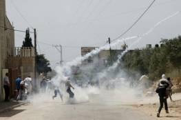 5 اصابات بالرصاص خلال هجوم المستوطنين على قرية عوريف بنابلس