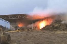 اندلاع حريق على مدخل العيزرية يتسبب بأزمة مرورية