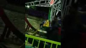 فيديو مرعب.. مصري يسقط من لعبة ملاهي ويصاب بكسور خطيرة للغاية