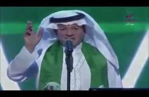 طلال سلامة يغني سورةً من القرآن على أنغام الموسيقى