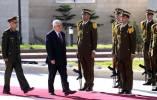 الرئيس يصادق على قانون تقاعد العسكريين