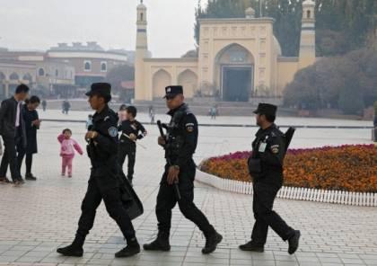 """الصين تستهدف أطفال الأويغور وتزج بهم في مدارس """"تلقينية"""""""