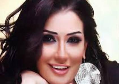 فستان غادة عبدالرازق يكشف عن المستور ويشعل غضب جمهورها