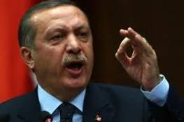 """أردوغان بزيّ عسكري في غرفة عمليات """"غصن الزيتون"""" (شاهد)"""