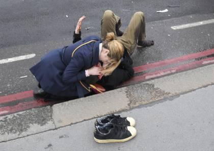شاهد الصور ..3 قتلى واصابات في دهس وطعن قرب البرلمان البريطاني