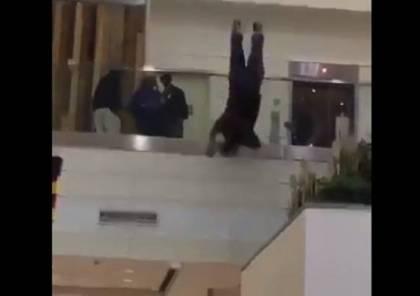 فيديو.. ما هي حقيقة انتحار أمير سعودي بمطار في لندن ؟