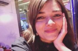 شقيقها استُشهِد والثاني مُعتقل: الاحتلال يفرِض السجن الفعليّ على الأسيرة ميس أبو غوش