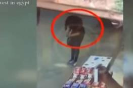 """فيديو... القبض على """"سفاح النساء"""" في مصر"""