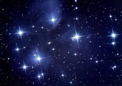علماء الفلك الصينيون يكتشفون ما يقرب من 600 نجم عالي سرعة