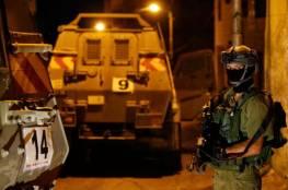 بالأسماء: الاحتلال يعتقل 13 مواطنا من الضفة