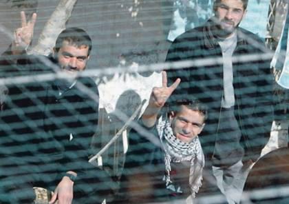 الاسرى يواصلون اضرابهم في سجون الاحتلال لليوم الثلاثين