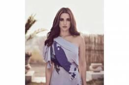 """تكريم الفنانة """"درة"""" في مهرجان الشرق الأوسط للأزياء"""