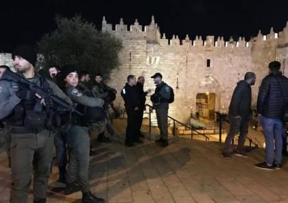 الاحتلال الاسرائيلي يهاجم الفلسطينيين في باب العمود بالقدس المحتلة