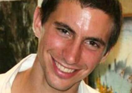"""قناة عبرية تكشف: حماس اختطفت """"جولدن"""" عن طريق اسعاف و """"مازال على قيد الحياة"""""""