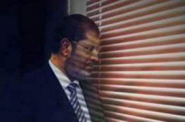 خلافا لوصيته.. دفن مرسي فجرا بالقاهرة بحضور أفراد من عائلته فقط