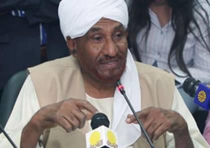 """المهدي: الوضع الحالي للجيش السوداني يعاني """"التشويه"""" الذي صنعه البشير"""