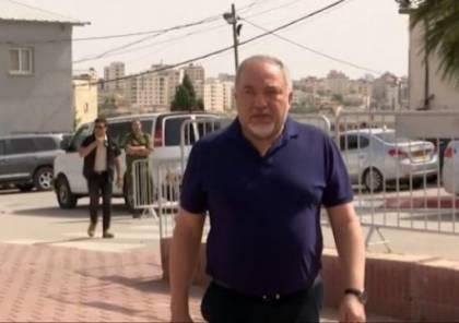 ليبرمان: حماس لا تقف وراء الصاروخ وسأواصل استنفاد كل الخيارات قبل اي حرب لكن ..