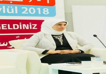 """تقنية """"سيرى"""" siri  ما بين التطور المرغوب والحذر المطلوب !! د. نيرمين ماجد البورنو"""