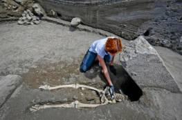 اكتشاف هيكل عظمي لرجل هارب من بركان قبل ألفي عام!