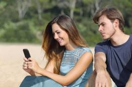 3 نصائح تخلّص الأزواج من جحيم الشك